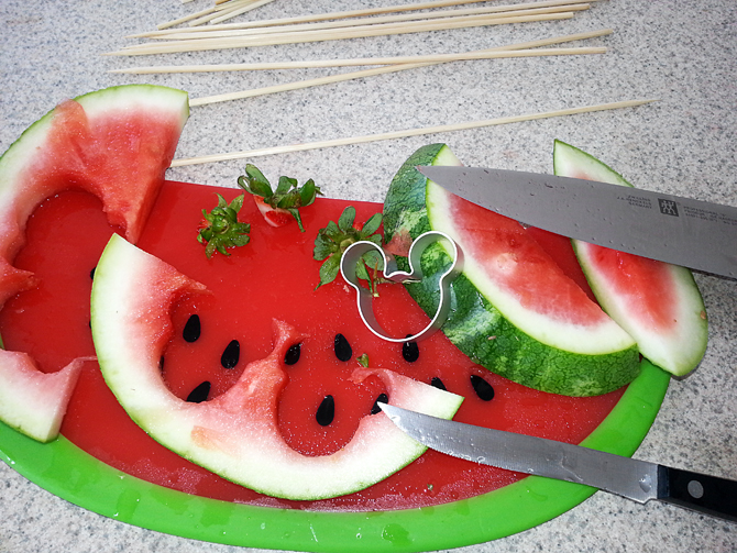 Minnie Mouse Watermelon Fruit Cup Cookie Cutter