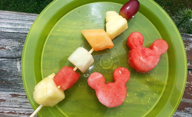Minnie Mouse Fruit Platter
